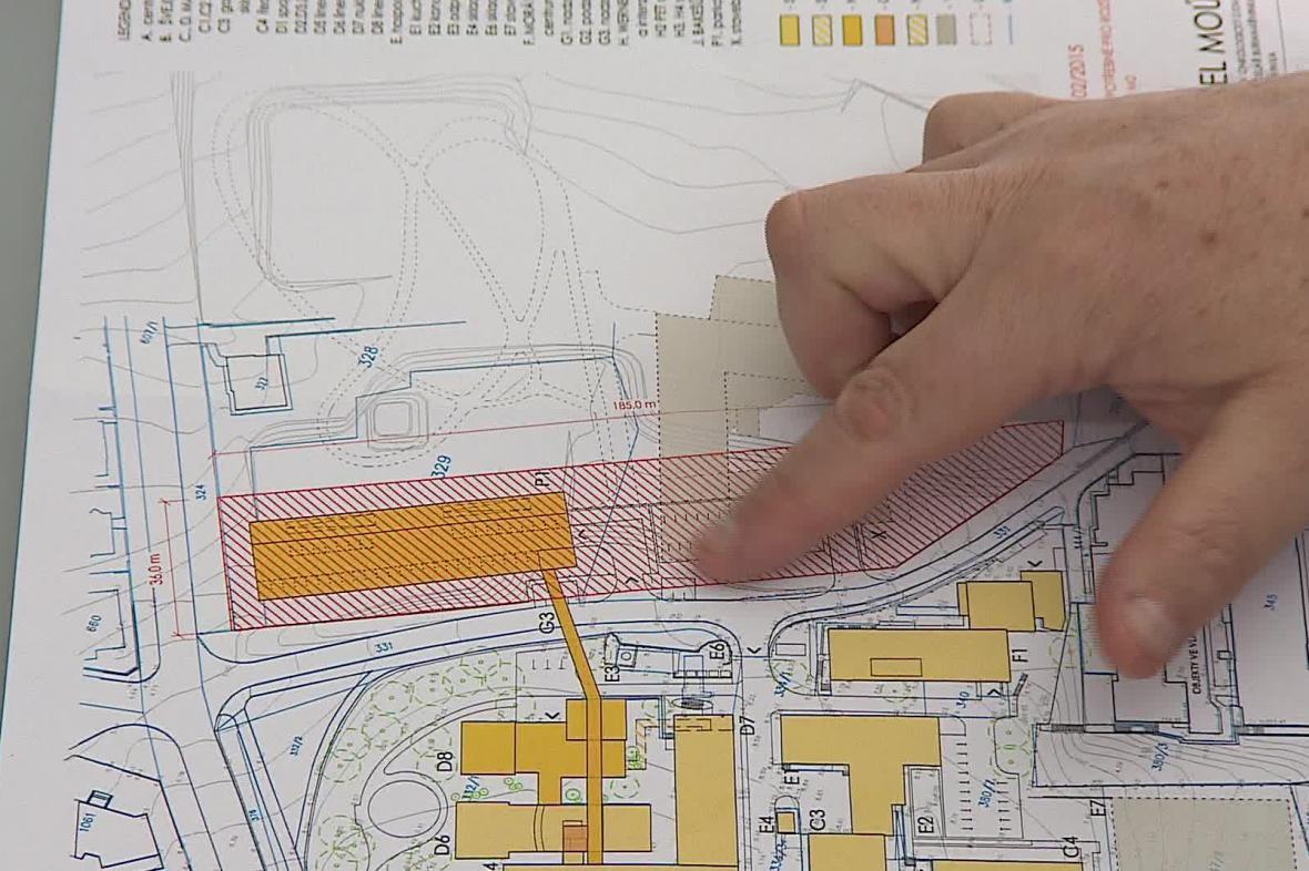 Masarykův onkologický ústav plánuje zvětšit parkoviště