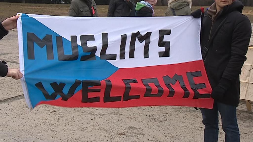 Shromáždění za náboženskou toleranci na Moravském náměstí v Brně