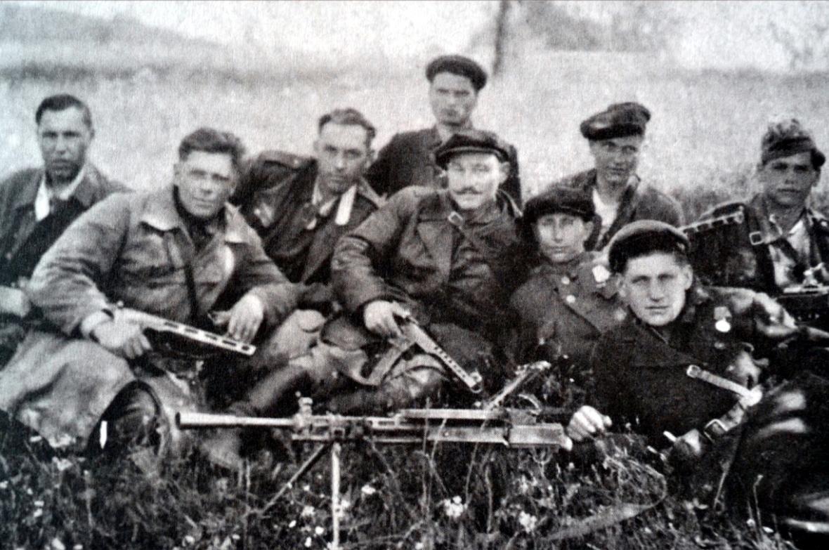 Skupinka partyzánů, která přešla na Valašsko ze Slovenska