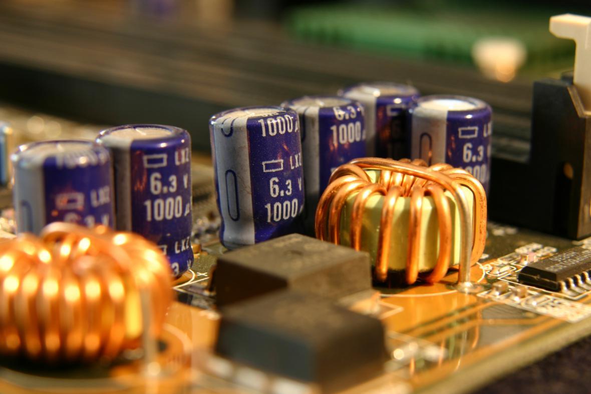 Elektronické součástky.