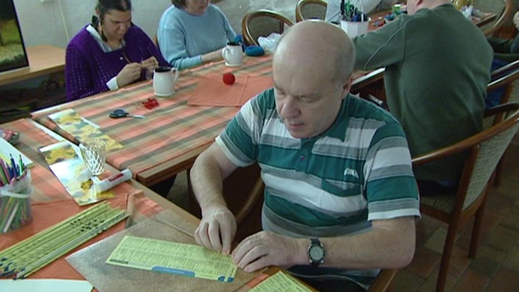 Klienti domova na archivním snímku