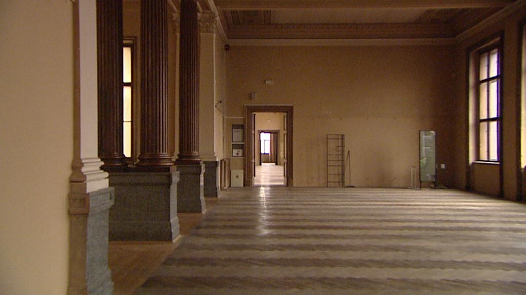 Vyklizený interiér Národního muzea