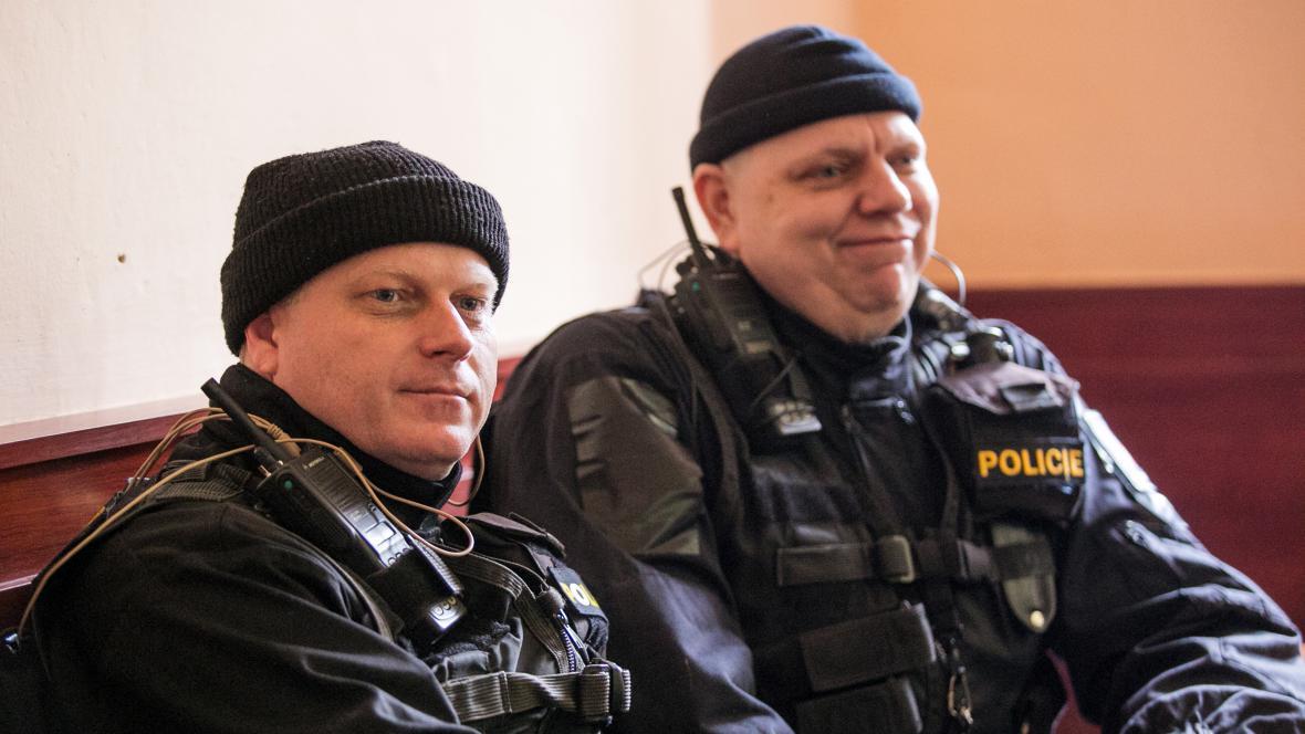 Policisté se účastní natáčení