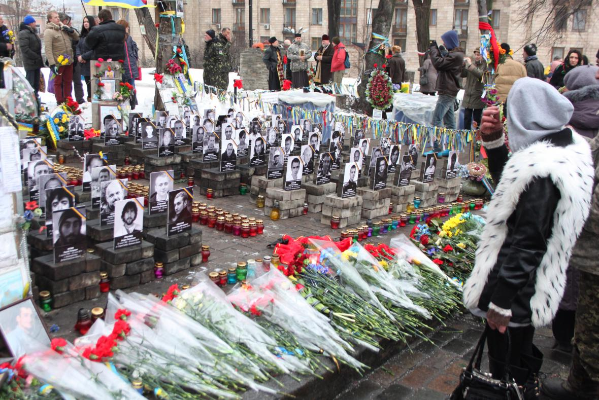 Rok po Majdanu: pieta v Kyjevě