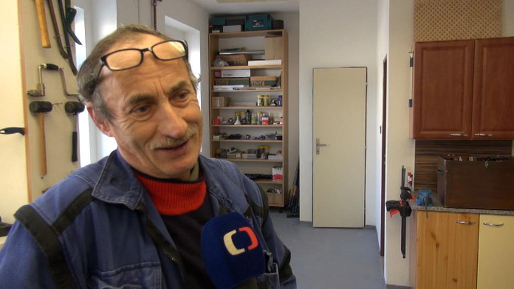 Obecní truhlář Jan Abrhám