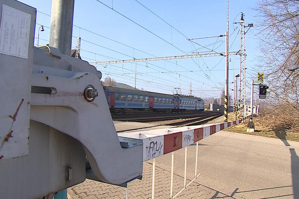 Železniční přejezd v Rájci-Jestřebí