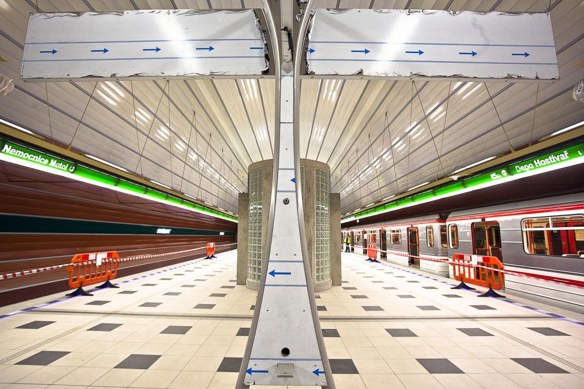 Prodloužení metra A