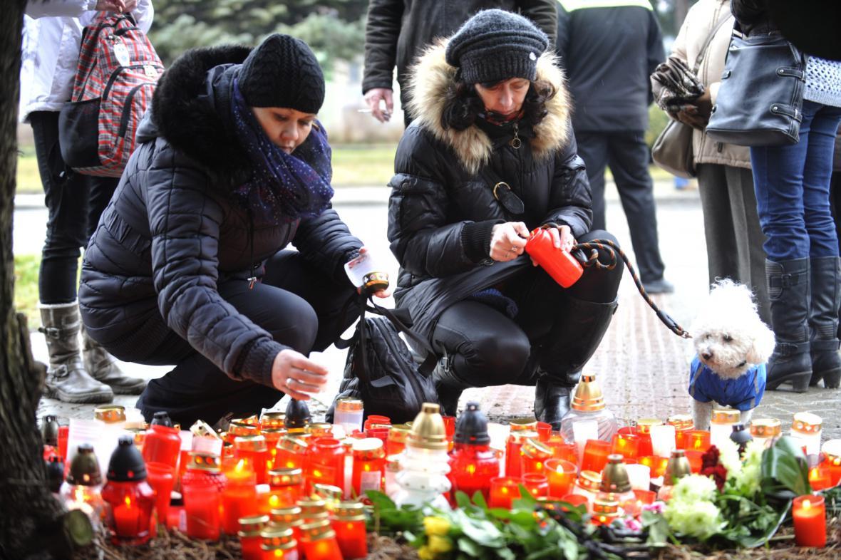 Pieta na místě tragédie v Uherském Brodě