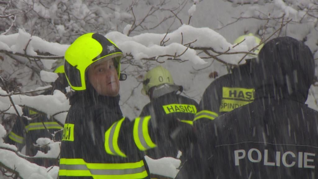 Hasiči na místě zásahu - listopad 2013