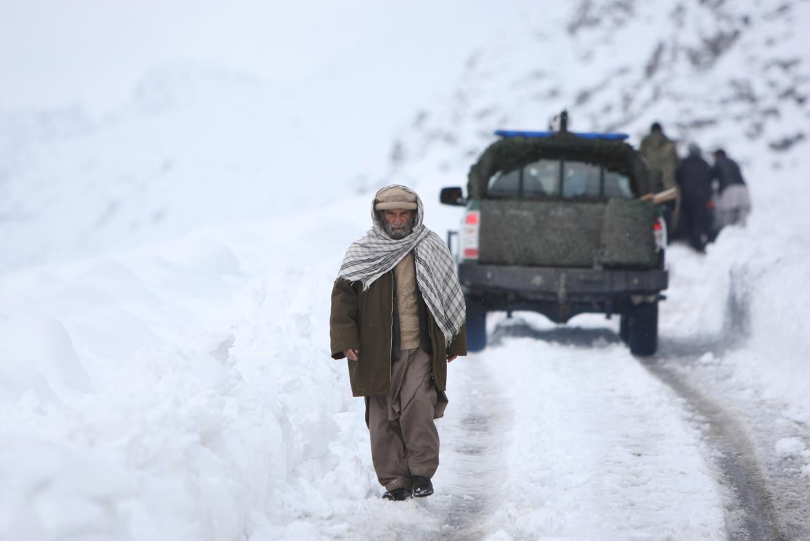 V Afghánistánu po pádu laviny stoupá počet mrtvých