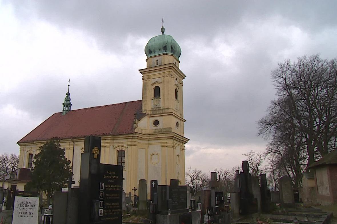 Kostel v Lulči