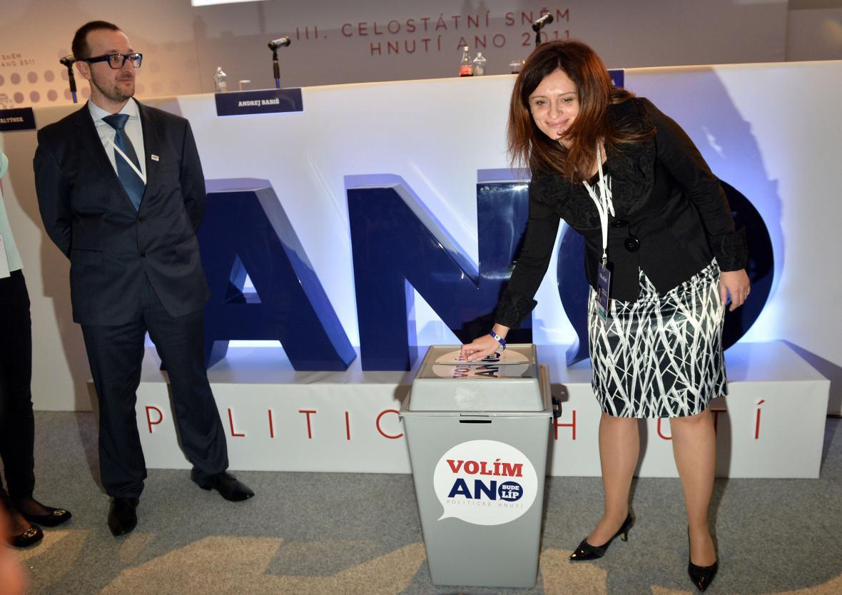 Jaroslava Jermanová na sněmu ANO 2011