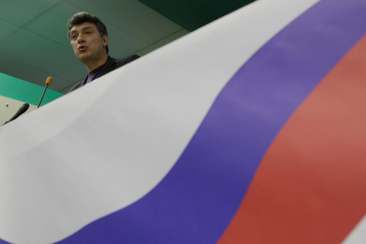 Němcov v roce 2011 při pokusu založit stranu Lidové svobody