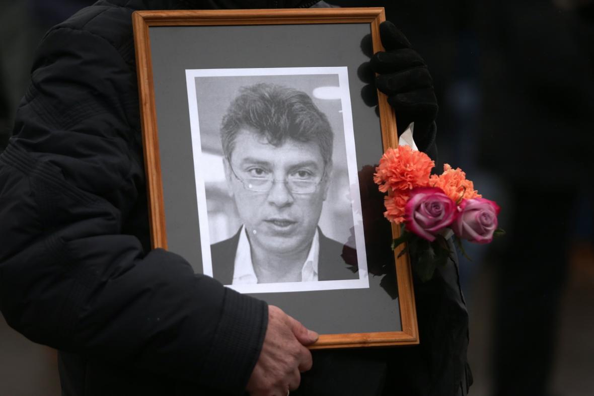 Pieta v moskevských ulicích k úmrtí Borise Němcova