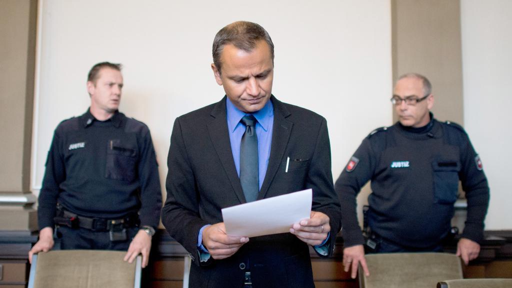 Obžalovaný Edathy vypovídá před soudem