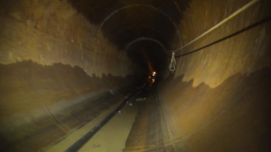 Trubka je dlouhá 55 metrů