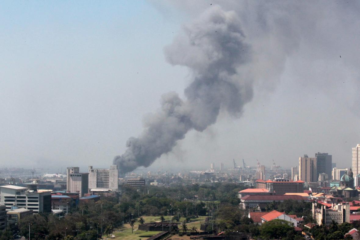 Požár v Manile