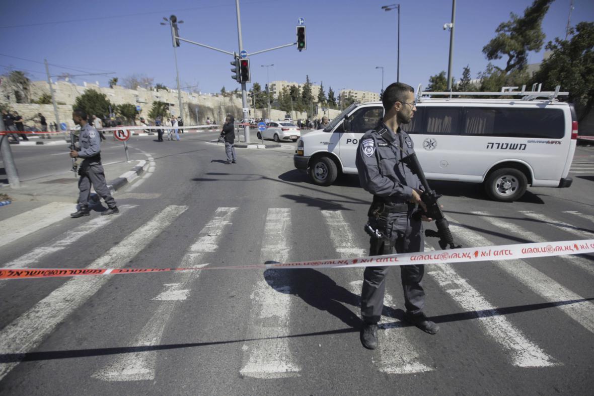 Útočník zranil v Jeruzalémě pět lidí