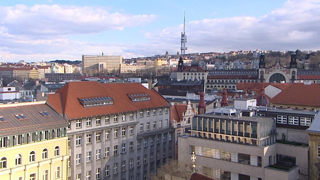 Pohled z Jindřišské věže směrem k Žižkovu