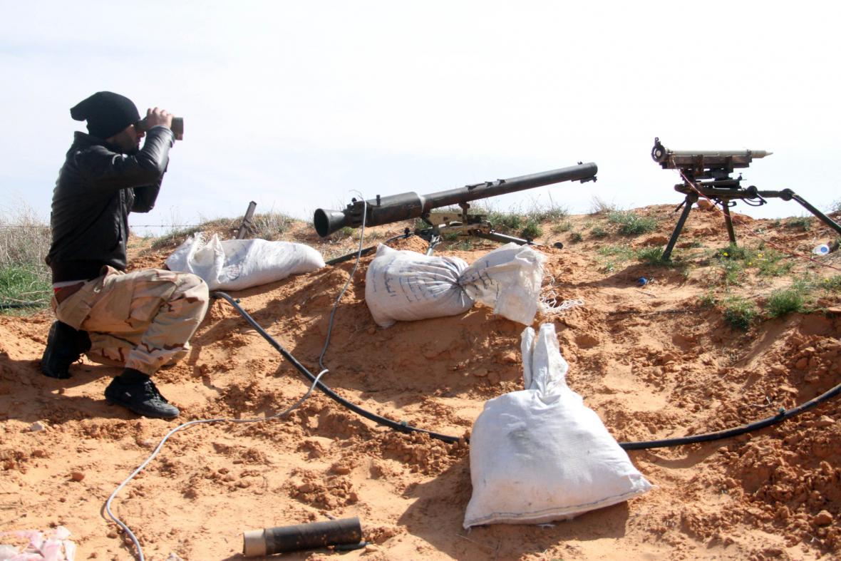 Bojovník islamistických milicí Libyjský úsvit