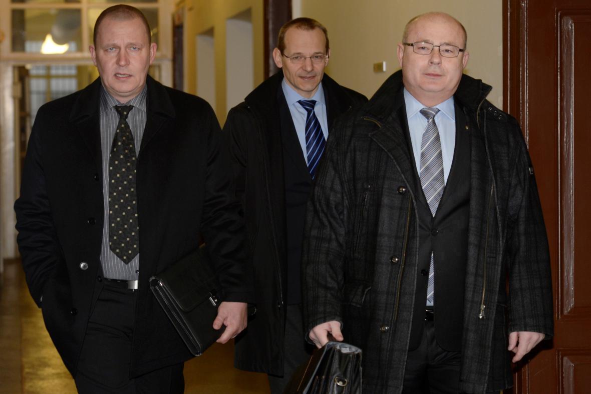 Zpravodajci stíhaní v kauze zneužití vojenské rozvědky