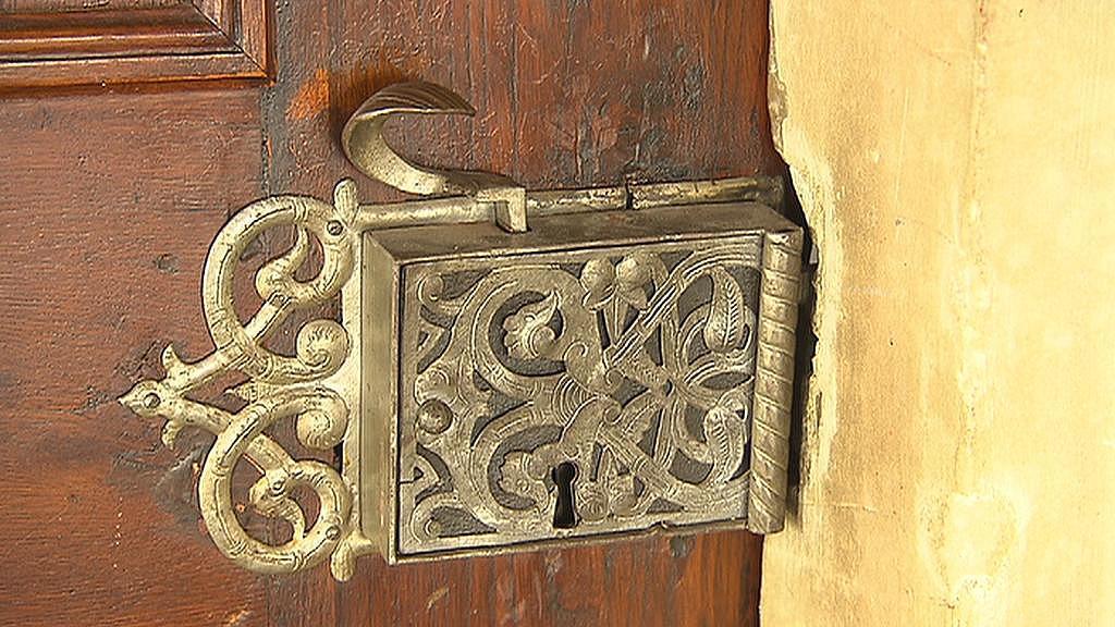 Zdobený zámek v interiéru v Přerově nad Labem