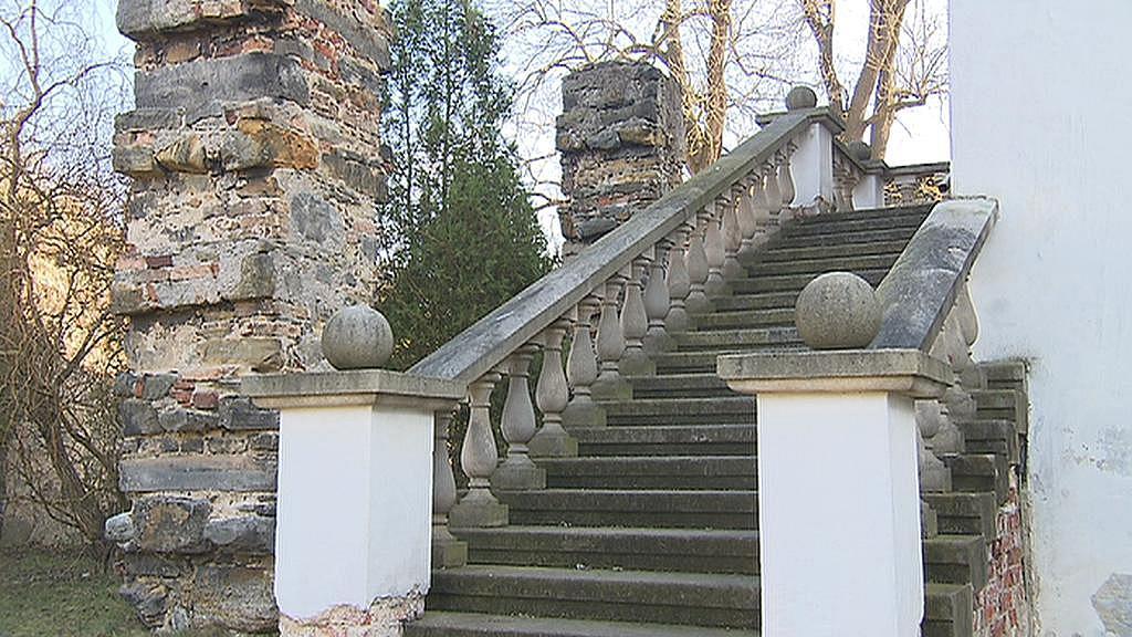 Schodiště zámku v Přerově nad Labem