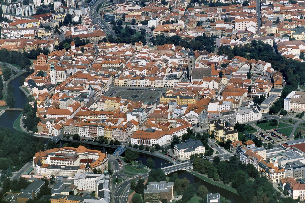 Letecký pohled na historické centrum Českých Budějovic