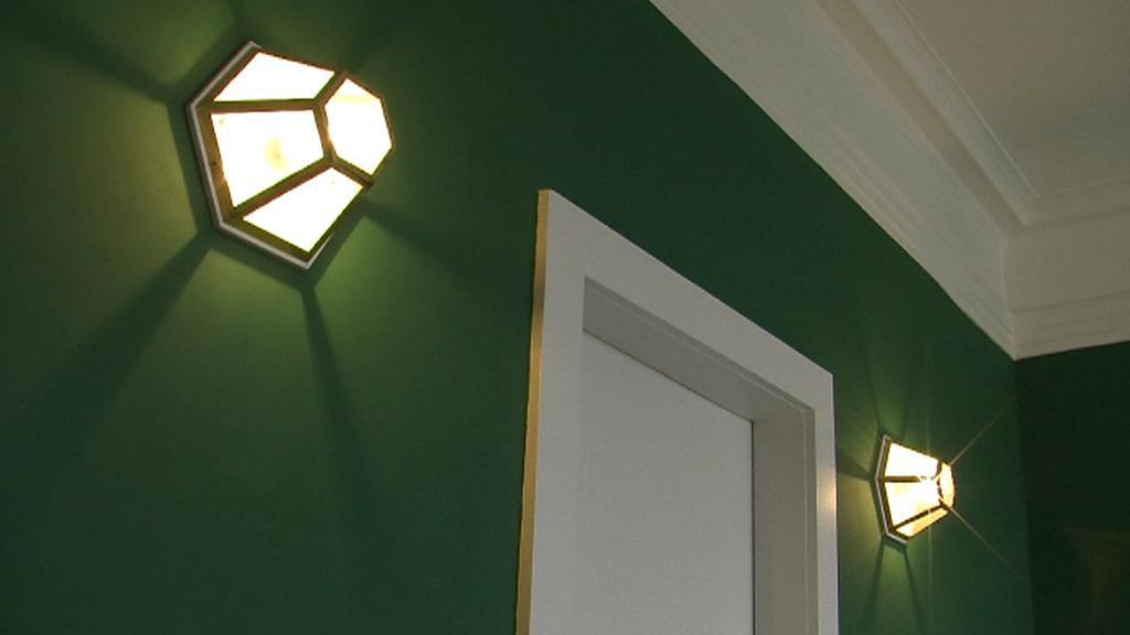 Osvětlení v Brummelově domě podle architekta Loose