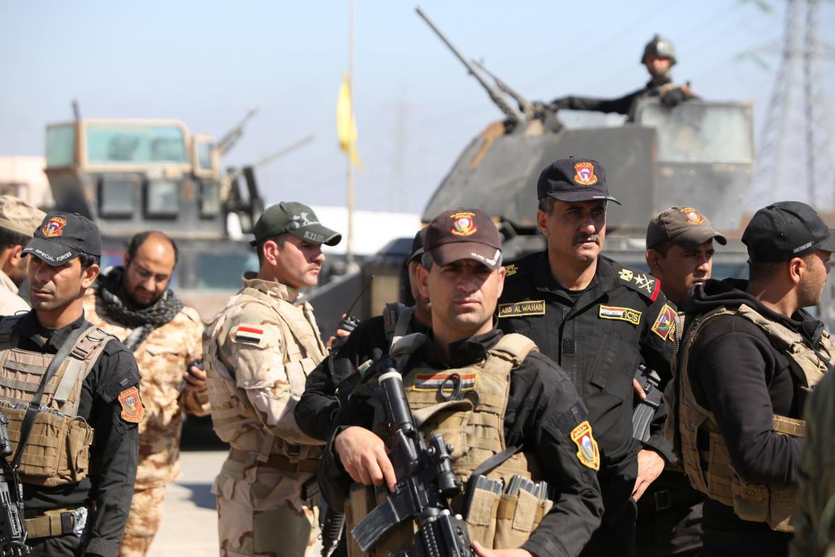 Irácké síly postupují v ofenzivě na Tikrít