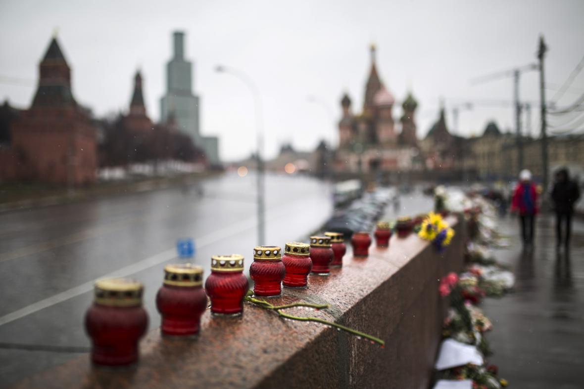Rusové oplakávají Němcova