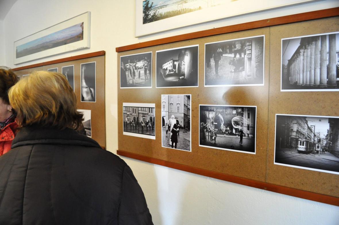 Z výstavy fotografií Terezy Šitinové na Peruci