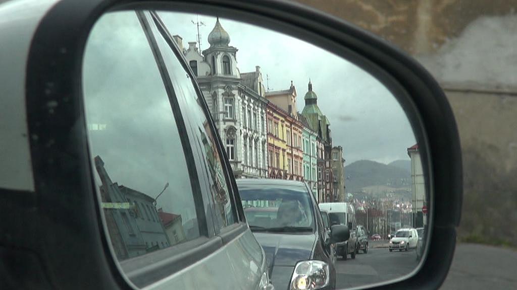 Kyvadlový provoz je v ulici už déle než rok