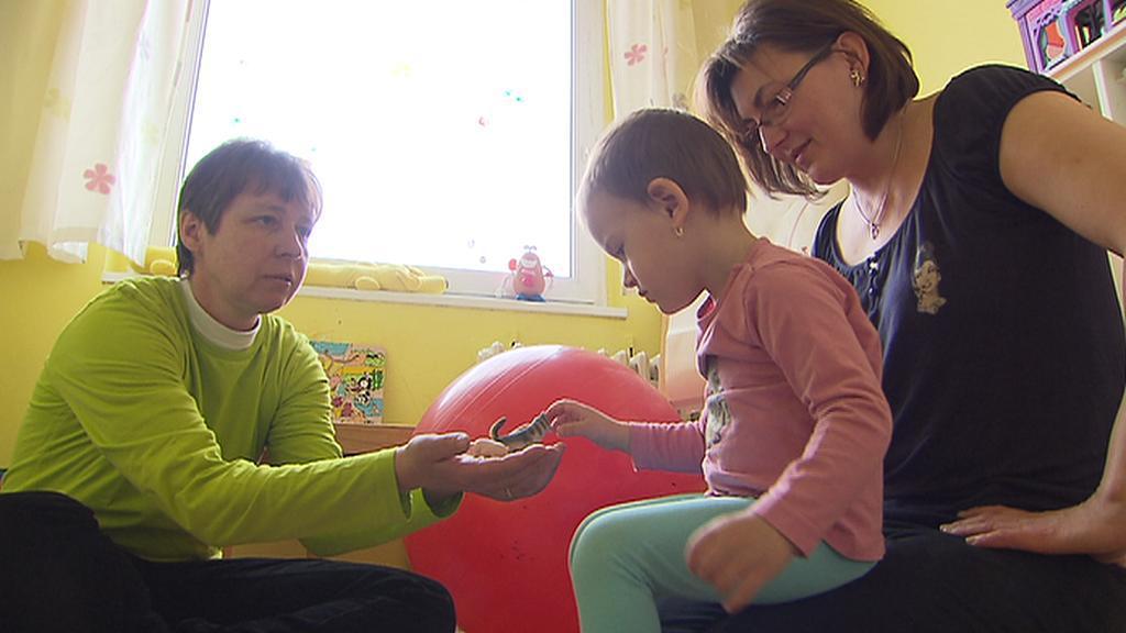 Rodičům s handicapovanými dětmi pomáhá linka EDA