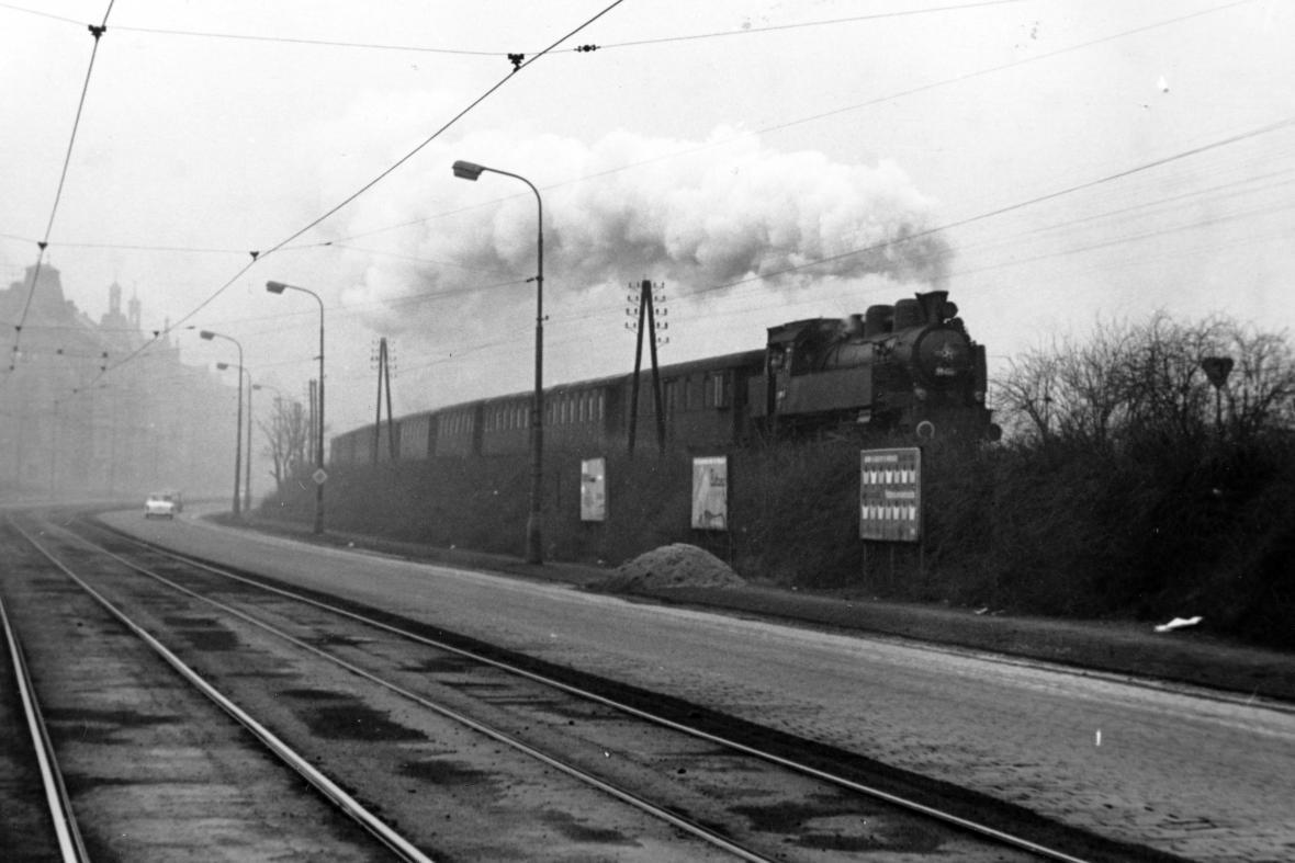 Železnice Těšnovem a Palmovkou