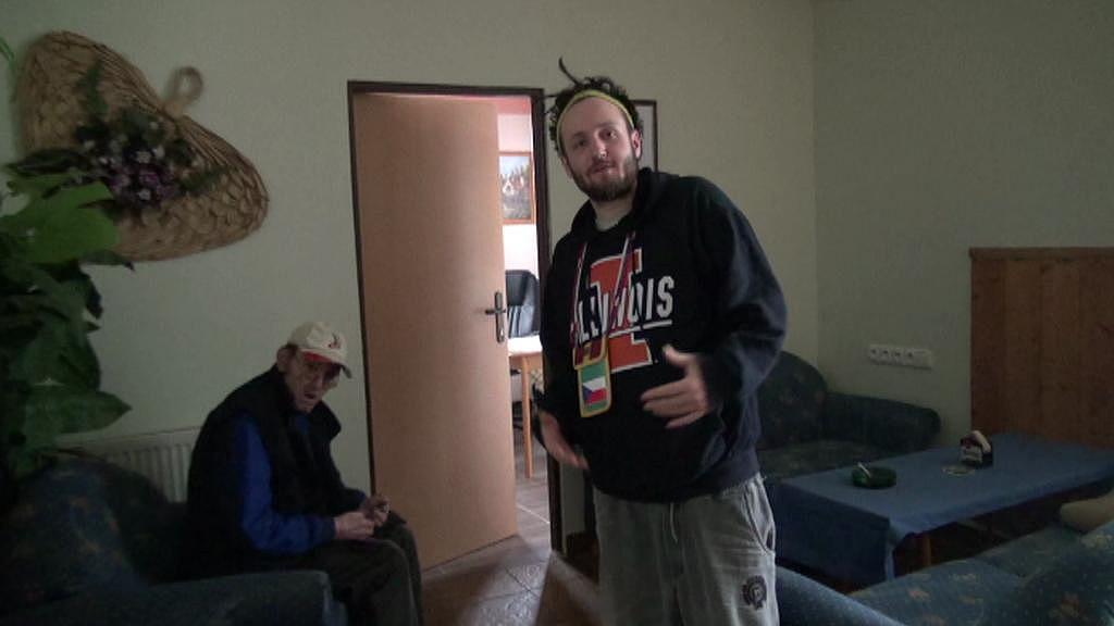 Obyvatelé ubytovny v Jirkově