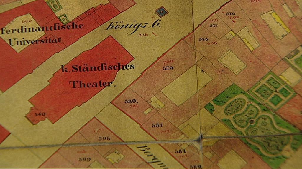 Divadlo na historické mapě