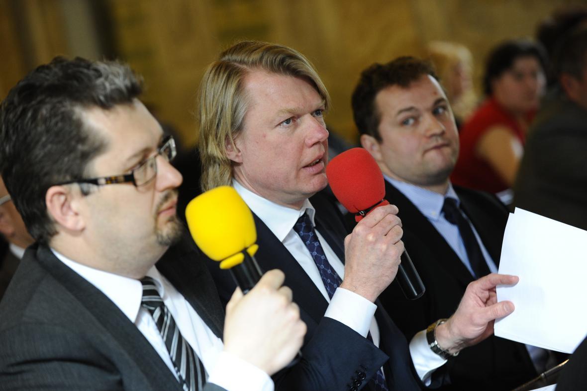 Ředitel CTP Invest Remon L. Vos (uprostřed)