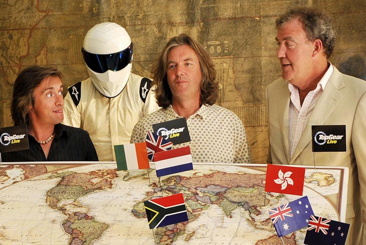 Jeremy Clarkson (vpravo)