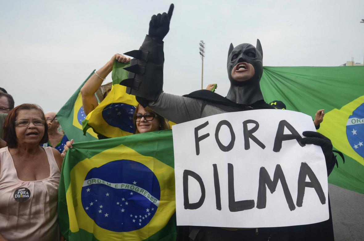 Protesty v Brazílii proti špatné ekonomické situaci a prezidentce