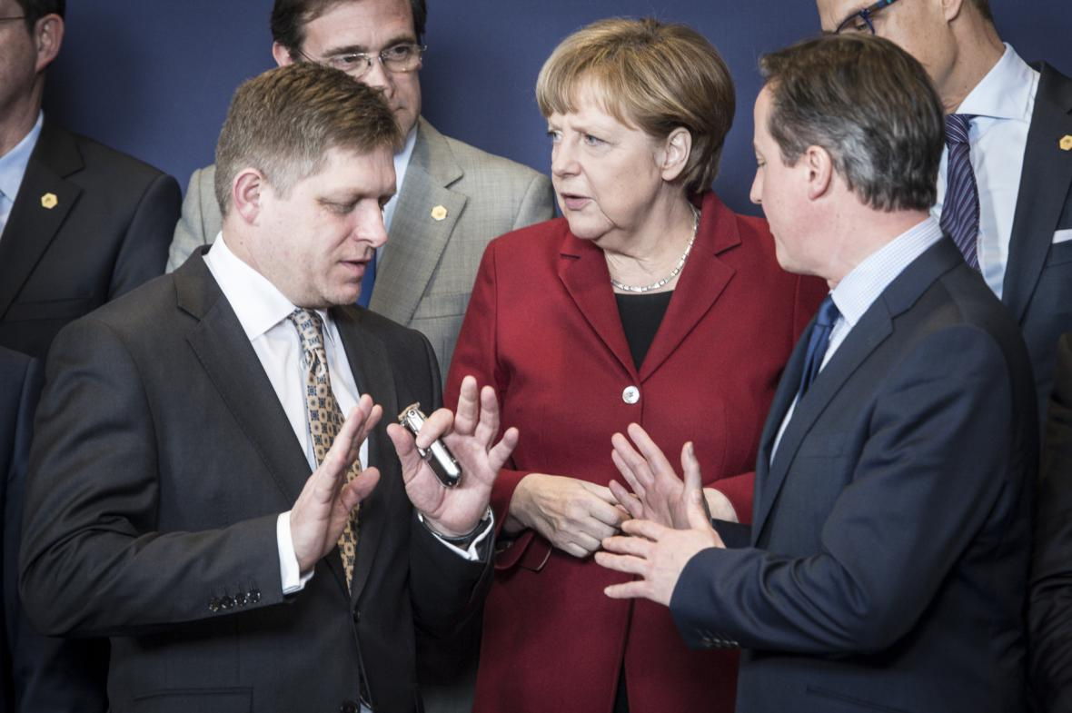 Robert Fico, Angela Merkelová a David Cameron