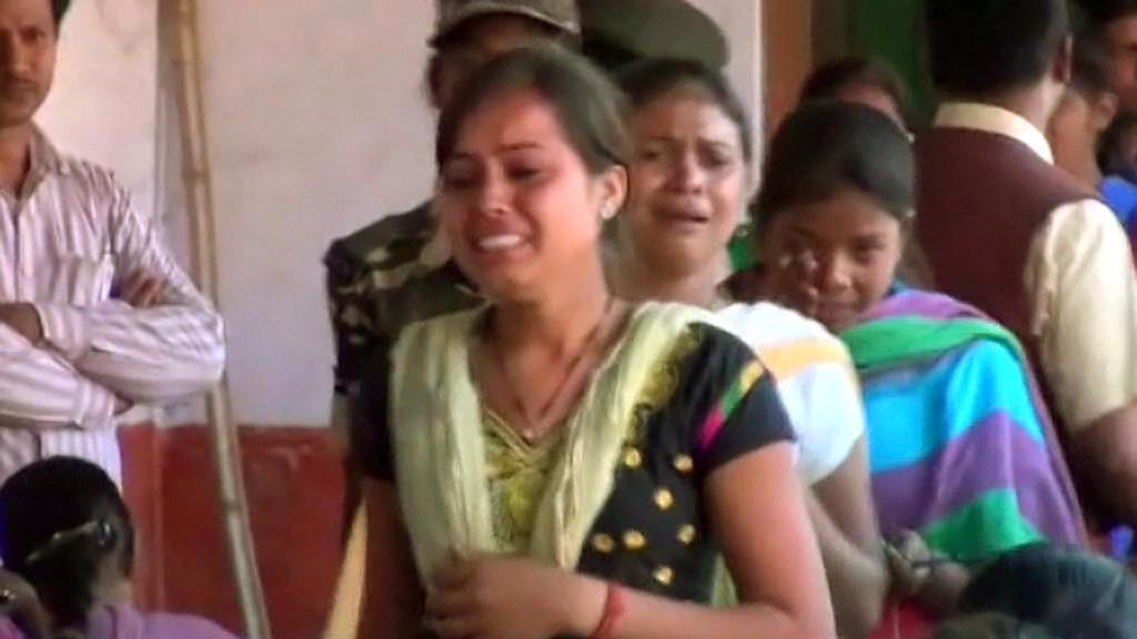 Indické studentky vyloučené za švindlování