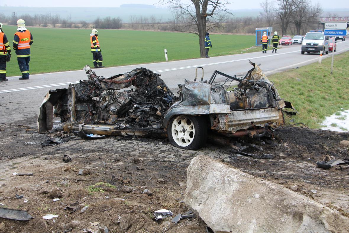 Tragická dopravní nehoda u obce Suchohrdly u Miroslavi