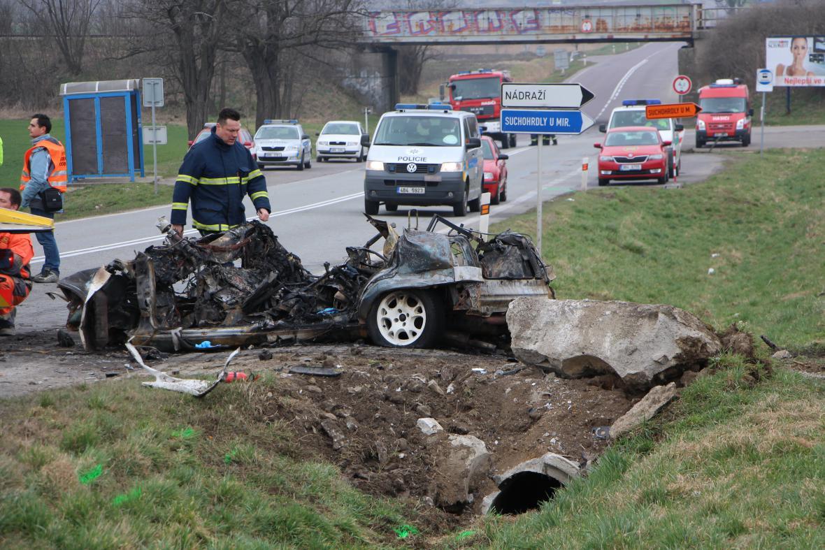 Nehoda u obce Suchohrdly u Miroslavi se zapsala mezi nejtragičtější