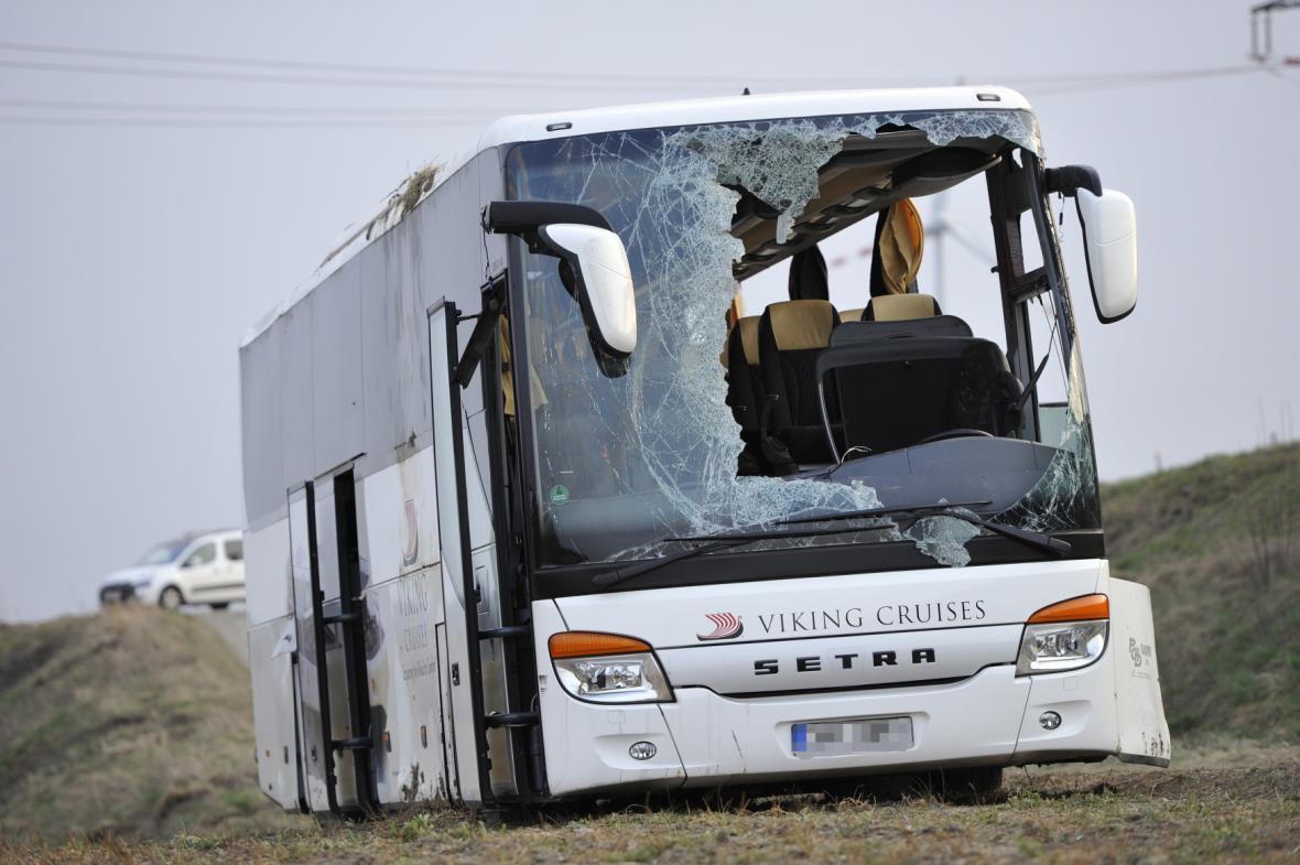 V autobuse cestovali členové České filharmonie