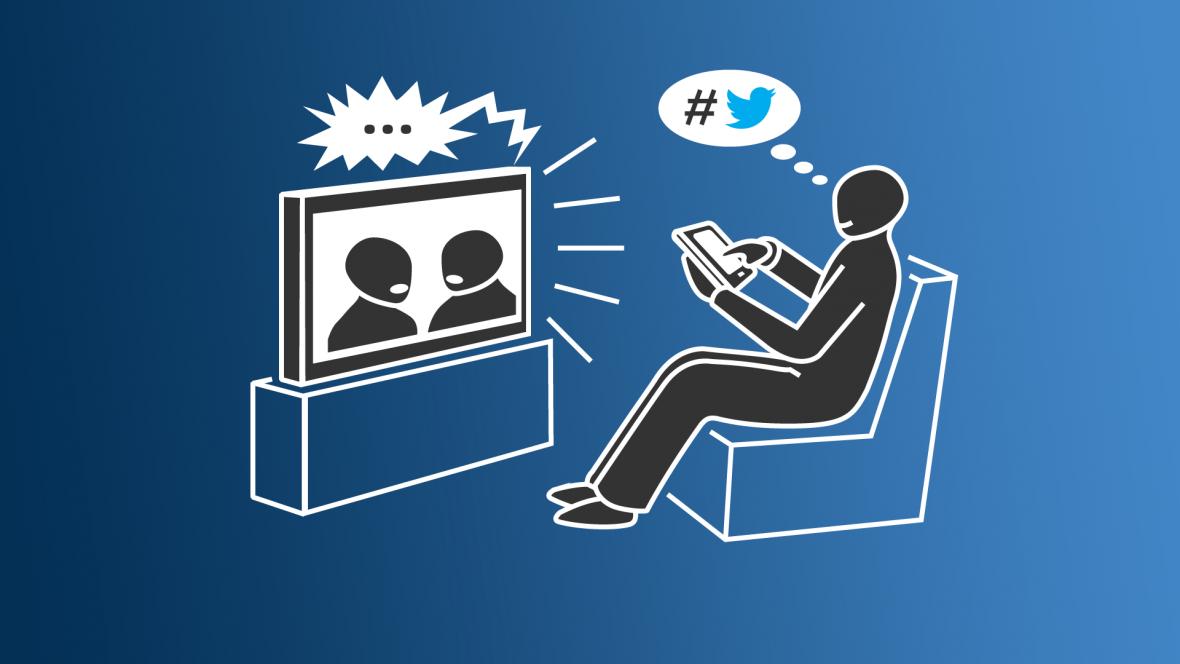 Second screen - divák sleduje televizní pořad a prostřednictvím druhé obrazovky o něm komunikuje na sociálních sítích