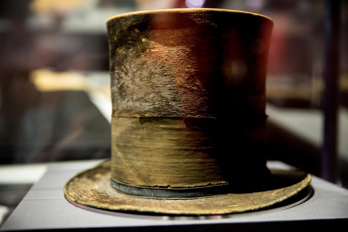 Lincolnův klobouk