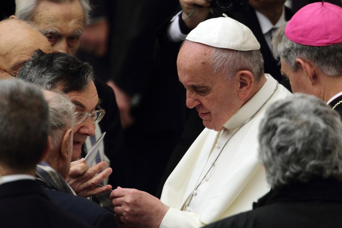 Papež František nedávno odsloužil mši za oběti zneužívání ze strany kněží