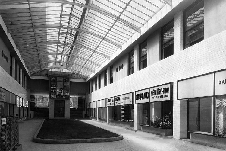 Hotel Passage (Slovan; 1927)