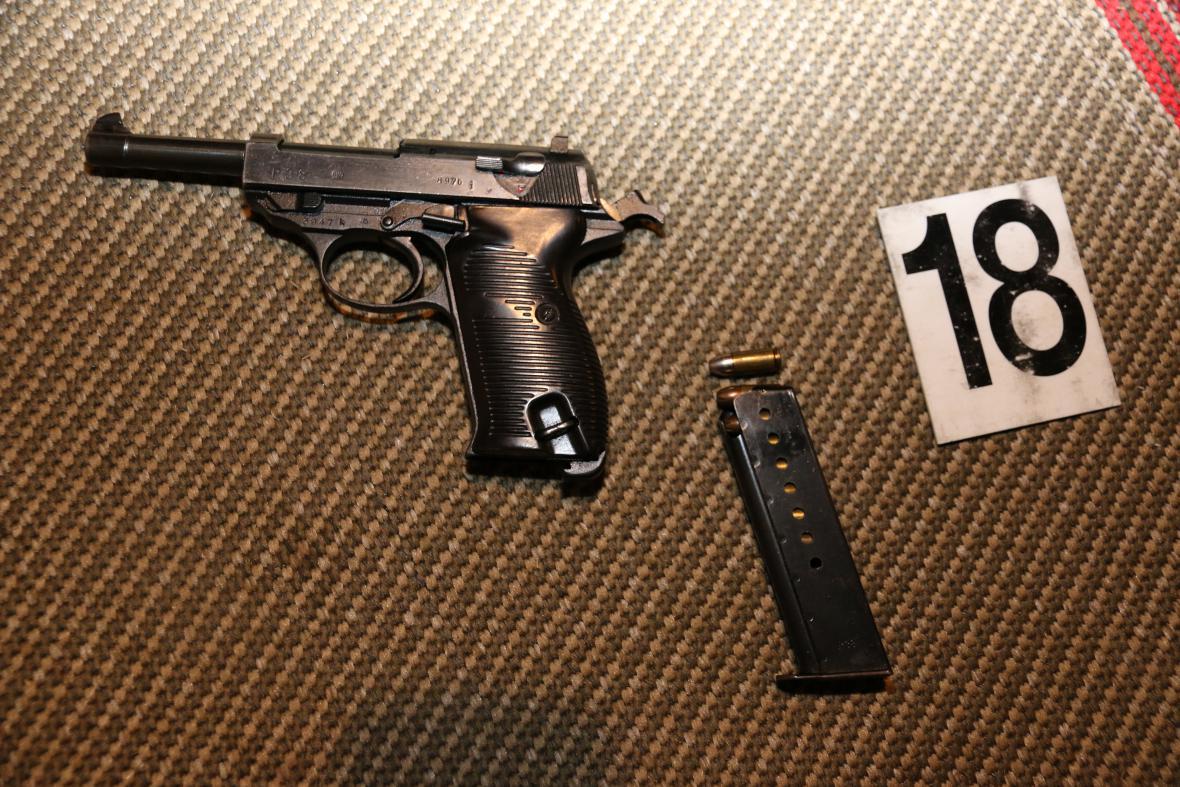Pistole nalezená u muže z Trutnovska